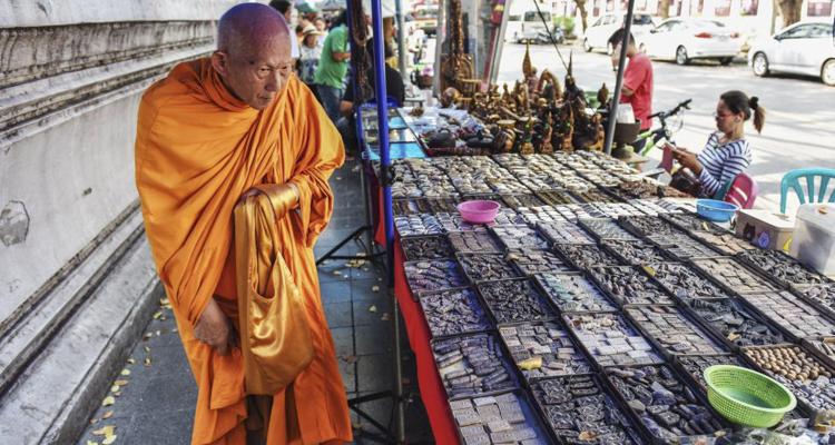 Explore Thai Buddhism Culture