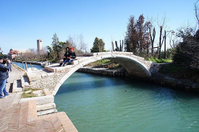 Murano-Burano & Torcello Boat Trip
