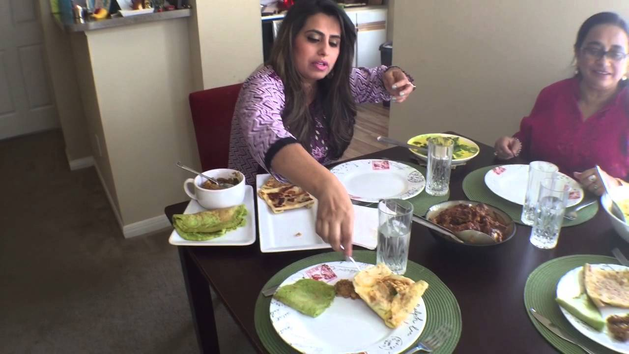 Traditional Bengali Food Delight In A Kolkata Home