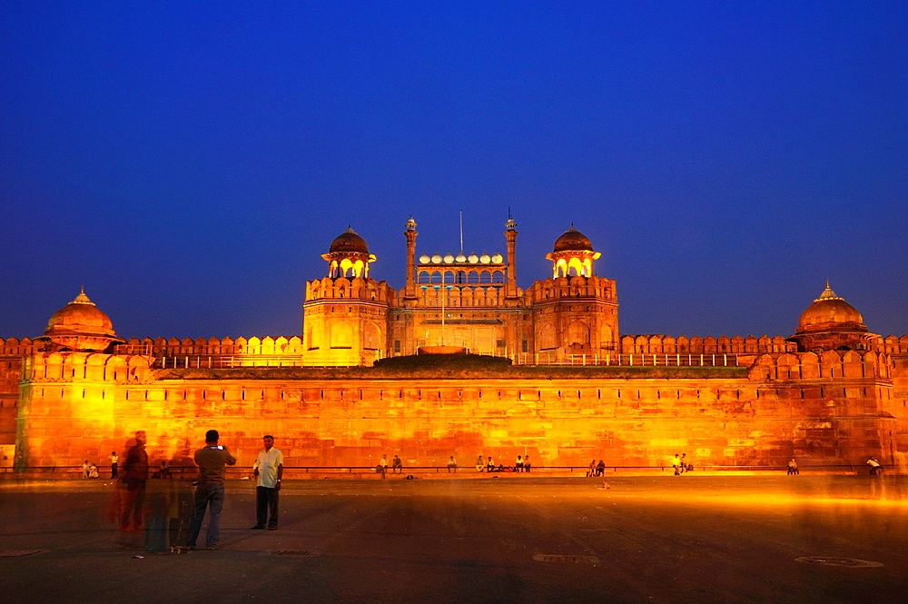 Red Fort Sound & Light Show with Dinner & Private Transfer
