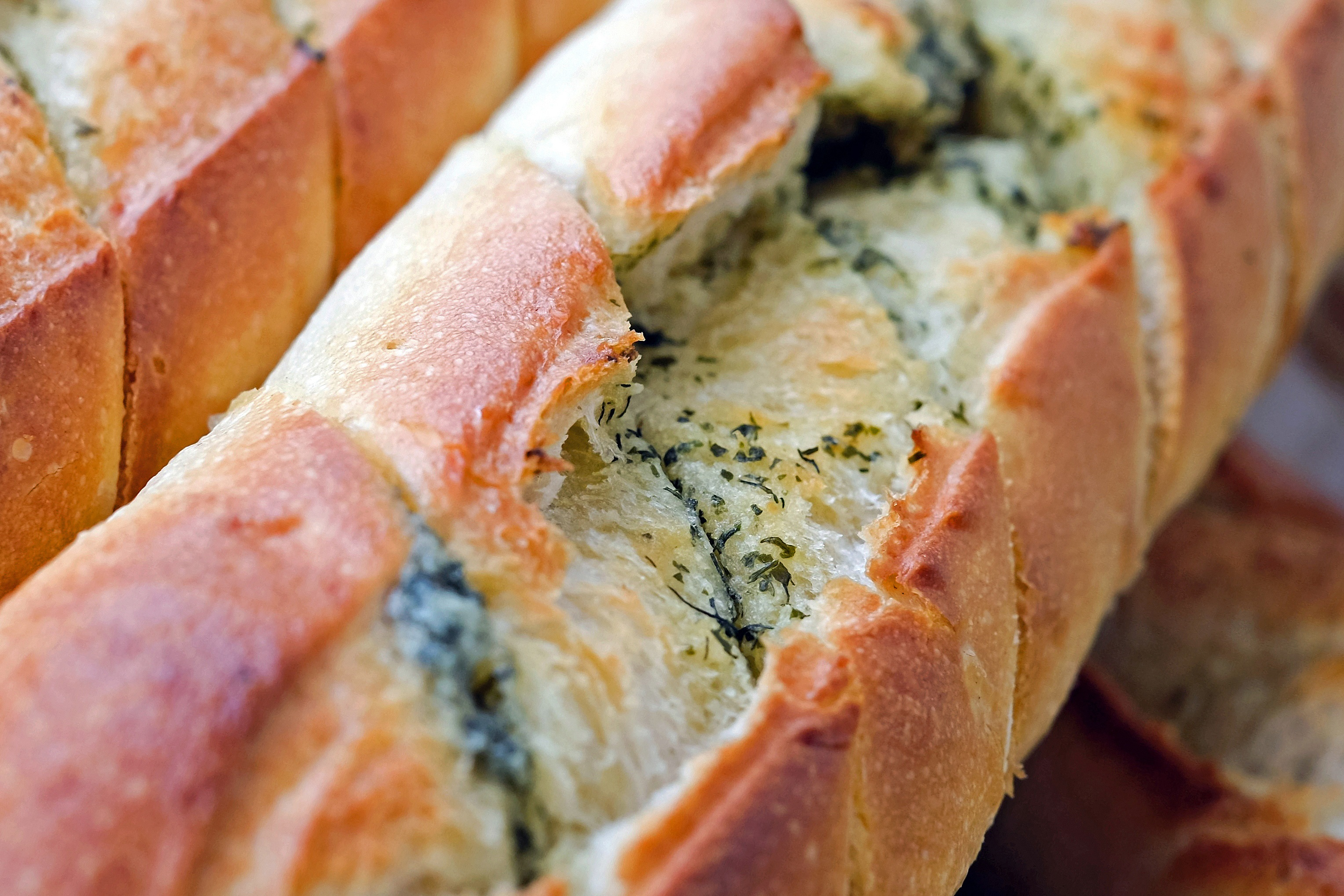 mouth-watering-baguette-leamigo